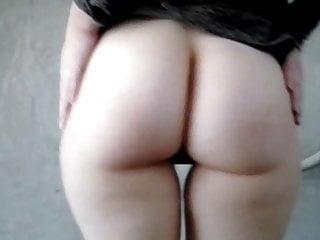 Voyeur Teen Upskirt video: demonsttration of my ass-cheeks