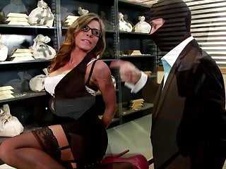Secretary Hd Videos video: Madison Ivy Turned On
