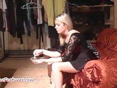 CASTING avec une belle blonde de 18 ans