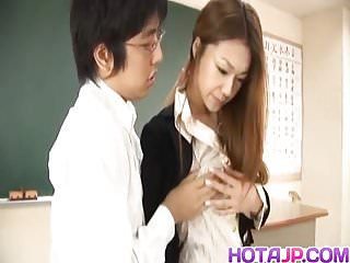 .Sakura Hirota gets fuck and cum at school.
