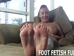 Ich werde meine erstaunlichen Füße für dich zeigen