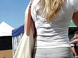 Candid Voyeur- Fine blonde in leggings w cameltoe