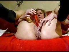 Husband and wife masturbating mutually