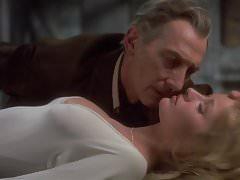 Stephanie Beachamová, Caroline, Munro - Dracula A.D. 1972.
