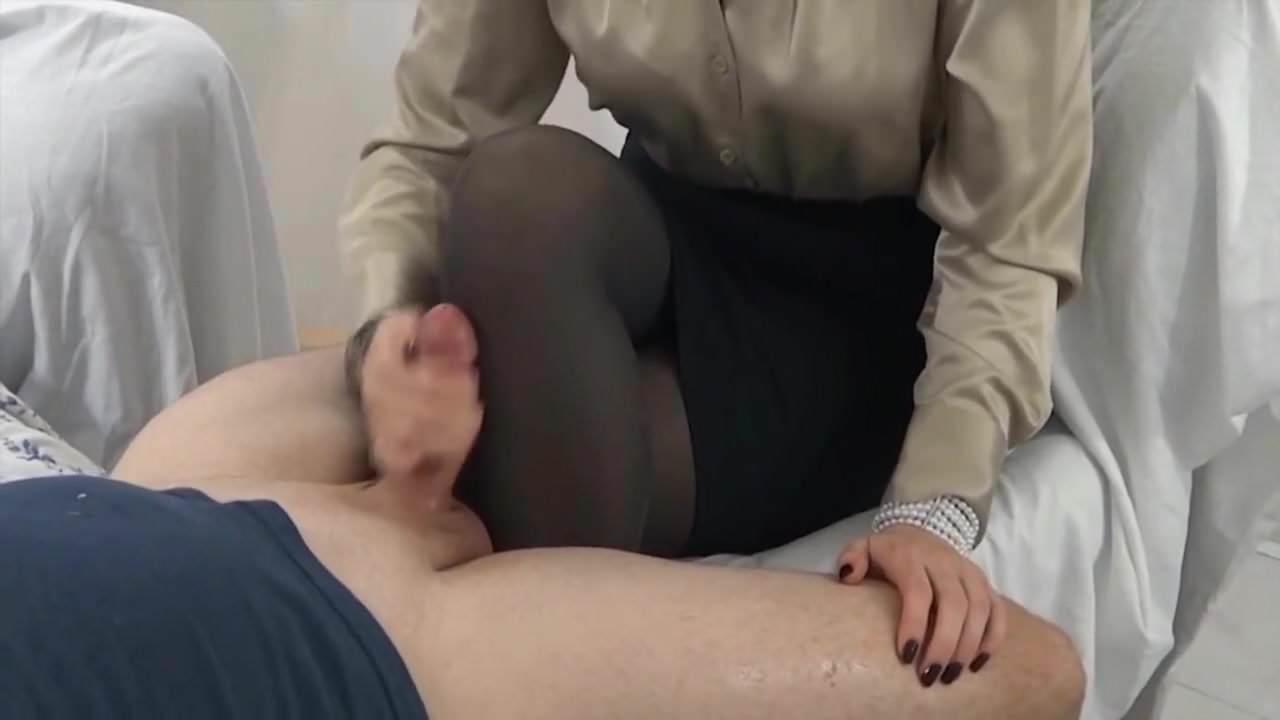 legs mount handjob