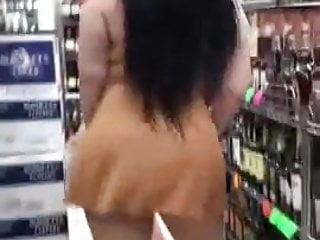 Bbw Big Ass Milf video: PAWG showing ass at the store