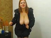 Dancing Huge Boobs Girl with Nice Cleavage
