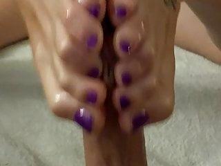Foot Fetish Teen Blonde video: Nylon Barefeet Handjob
