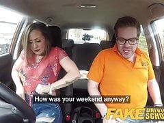 Fake Driving School Grandi tette Lo studente spagnolo ama succhiare