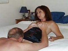 Amateur Swinging MILF Candi Annie y su estrella porno Fantasía