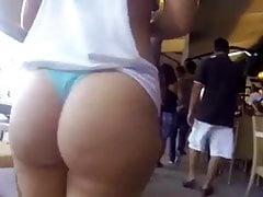 PATH latina booty stringi w miejscach publicznych