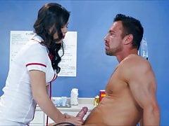Alina Lopez Enfermera Sexy