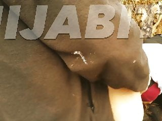 Creampie Dogging movie: L artisan baise la beurette en hijab