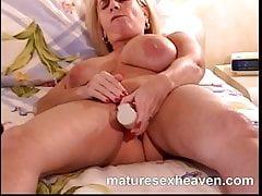 Abuela y su mega intruso parte 3