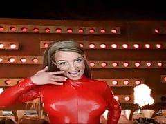 Britney Spears realizza alcuni dei migliori video musicali MAI !!