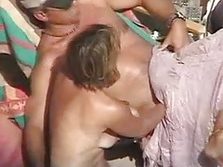 Beach Outdoor xxx: Voyeur beach 15