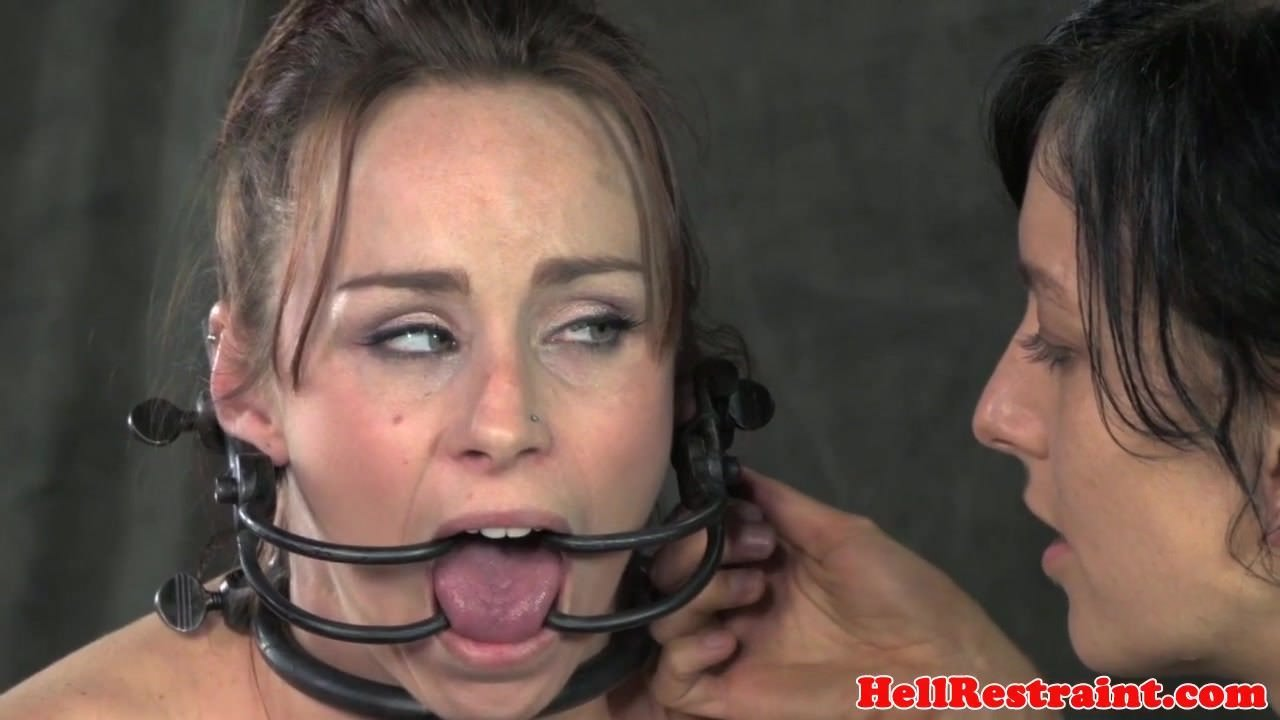 Смотреть онлайн секс шлюхи в чулках