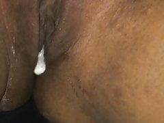 La figa sexy diventa enorme sborrata