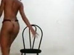 Sexy taneční dívka škádlení allumeuse