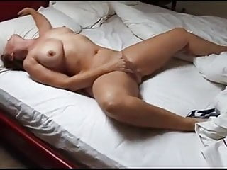 Fingering Mom video: Wife home alone