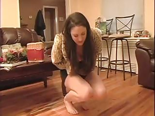 Ballbusting,Brunette,Catfight,Fighting,Skinny,Skirt,Upskirt