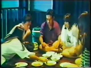 Vintage Thai Outdoor video: Saow wai sang (Pattaya love story)