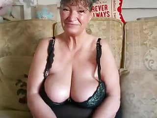Pornstar Brunette Milf video: Granny Calls all young men to Play