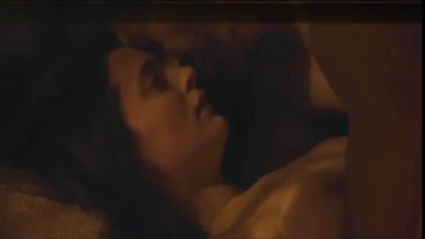 Первый секс девственников видео