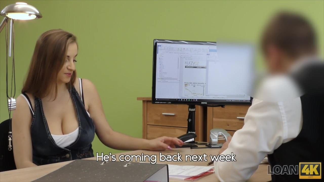 Негры ебут транса с маленьким членом видео