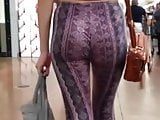 Candid Jiggly Ass in Tight Patterned Leggings