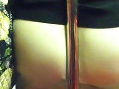Ehrliche pawg Milf auf U-Bahn-Stange