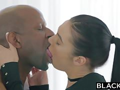 BLACKED Marley Brinx prima bbc nel culo