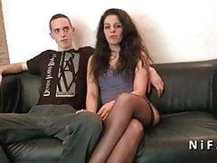 Giovani coppie francesi amatoriali che fanno anale per il loro casting