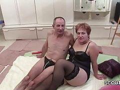 Il nonno e la nonna tedeschi fanno il casting del porno per la prima volta