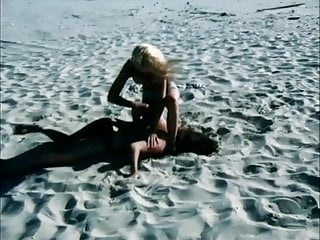 Tits Outdoor video: Beach Catfight Humiliation