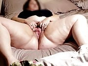 Mature Masturbation with Visible Orgasm Contractions