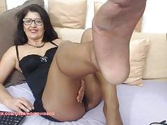 WM 523 Mature shiny suntan Pantyhose Legs & Feet