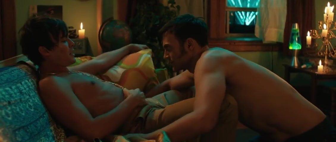 Club hook-up (2017)
