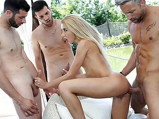 Gangbang Hardcore Russian video: A Hot Foursome, Three Studs and a Blonde Bombshell