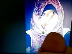 Nourhane je t ejacule sur ta face de salope hijab   Porn-Update.com