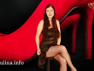 Brunettes Femdom Slave video: Willenloses Sissy Spielzeug Strapon Blowjob Assfuck Chastity