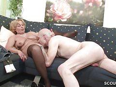 Vovó e vovô fodem pela primeira vez em pornografia para a pensão
