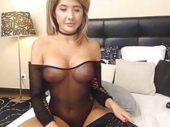 Hot and Sexy Blonde Babe Fingering Pussy on Cam