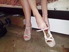 I piedi e le gambe sexy di Noulita, parte 12