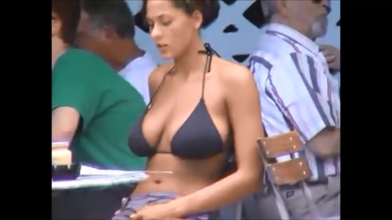 Hot Nude tits in tops street candids