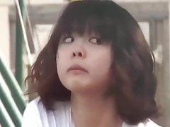 Espiando A Ninita Japonesa Masturbandose