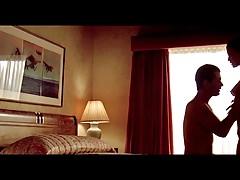 Die Promis Kim Basinger und Alec Baldwin werden nass und dampfig