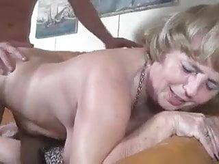 Hardcore Kissing Granny video: Grandson rehabilitates his grandmother