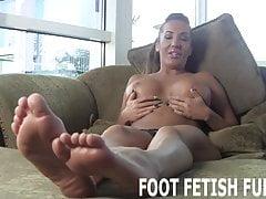 Chcę ci pokazać moje seksowne stopy