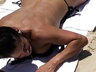 thong beach spy 1